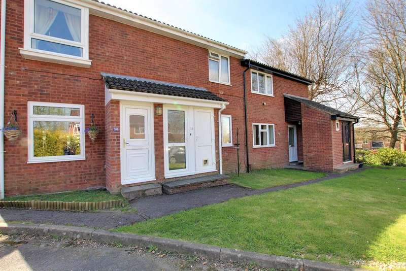 2 Bedrooms Flat for sale in CLANFIELD