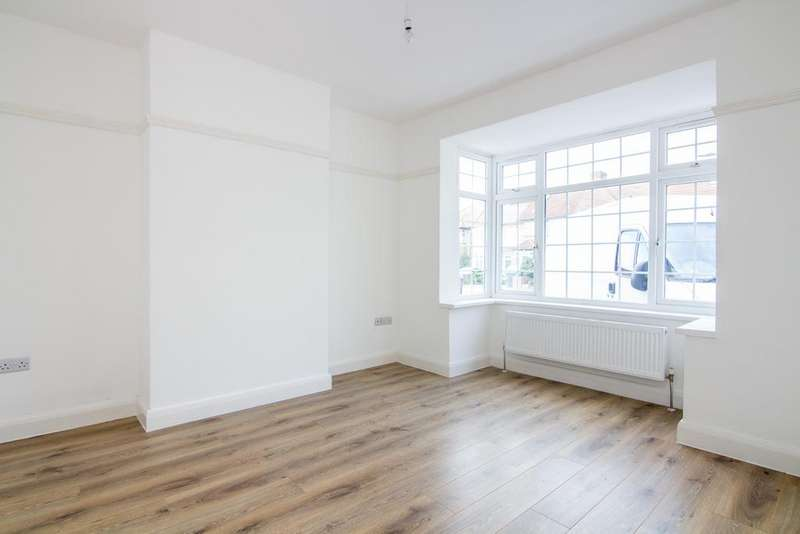 5 Bedrooms House for sale in St. Ursula Road, Southall