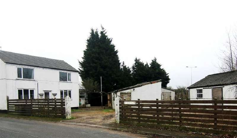 3 Bedrooms Cottage House for sale in Hare Lane, Pipers Ash