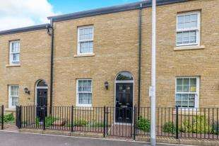 3 Bedrooms Terraced House for sale in Union Street, Rochester, Kent