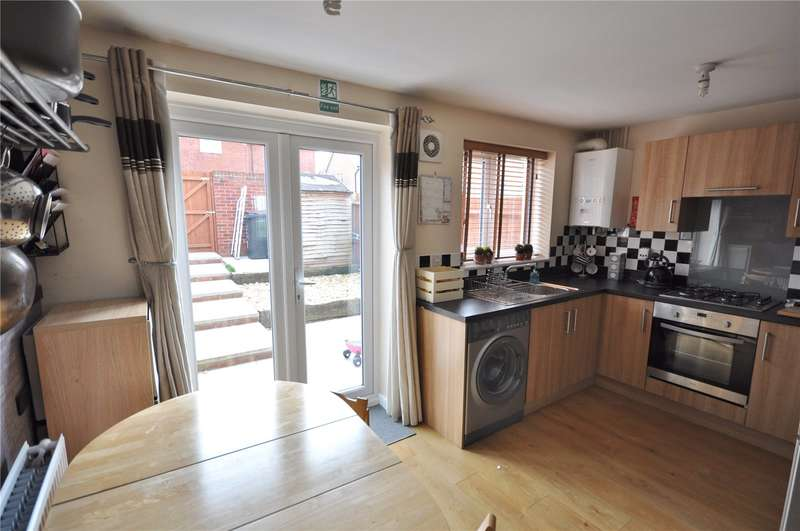 3 Bedrooms Terraced House for sale in Wayte Street, Swindon, Wiltshire, SN2