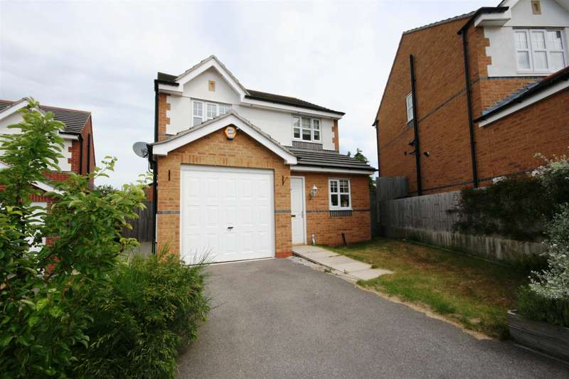 3 Bedrooms Detached House for sale in Proudman Drive, Prenton, CH43 7NA