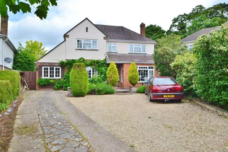 3 Bedrooms Detached House for sale in Laverstock