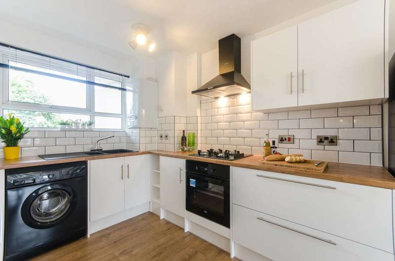 2 Bedrooms Flat for sale in Leopold Road, Harlesden, NW10