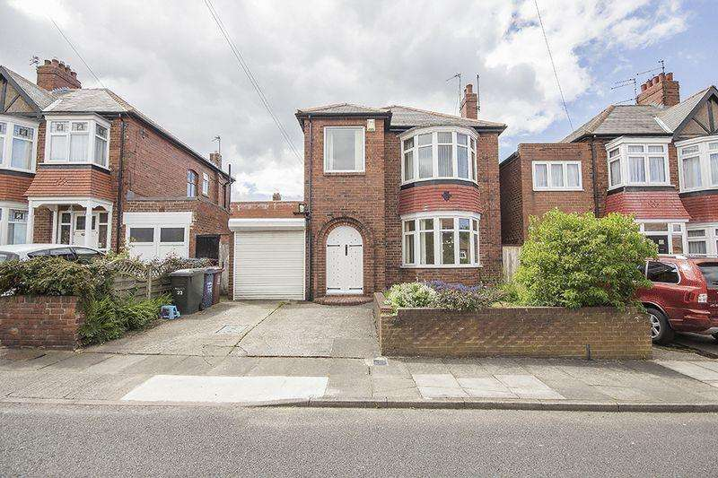 3 Bedrooms Detached House for sale in Rosewood Gardens, Kenton