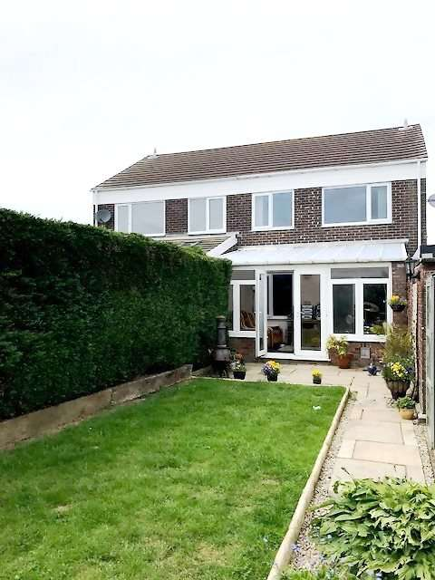 3 Bedrooms Semi Detached House for sale in Greenhill Park Drive, Haverfordwest, Pembrokeshire