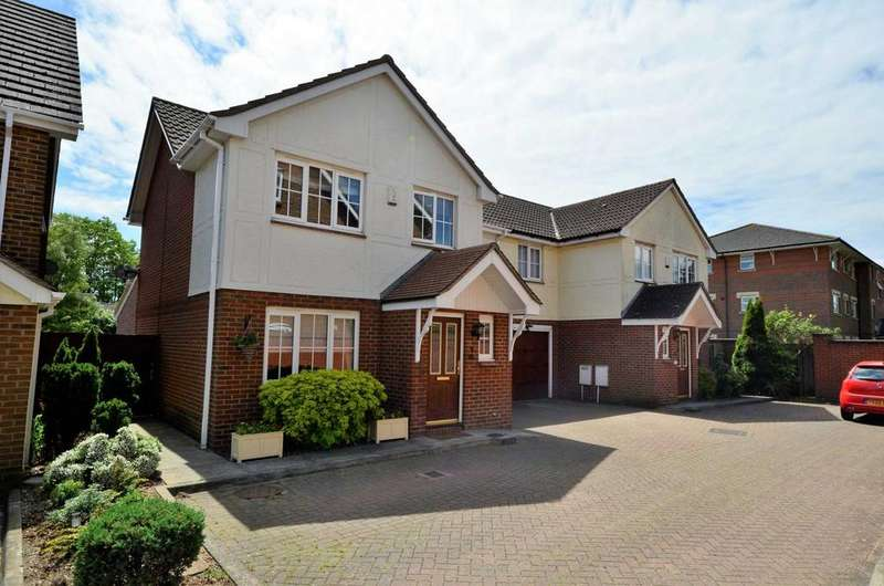 4 Bedrooms Semi Detached House for sale in Coulter Mews, Billericay