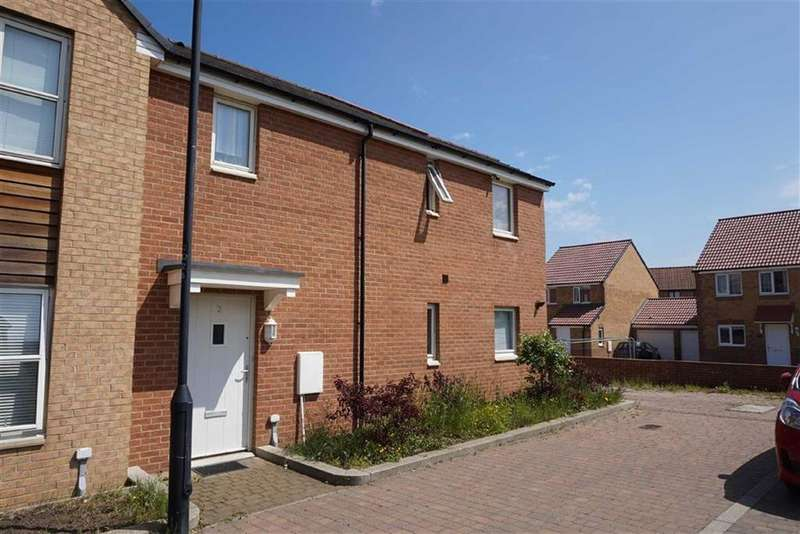 3 Bedrooms Semi Detached House for sale in Queensborough Square, Hibernia Village, Newcastle Upon Tyne, NE6