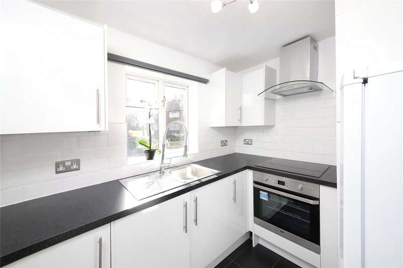 Apartment Flat for sale in St. Augustines Avenue, South Croydon