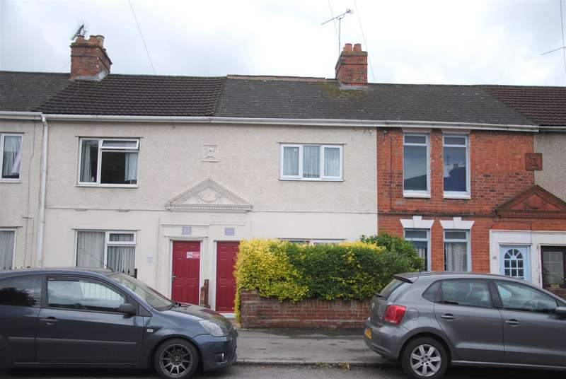 2 Bedrooms Terraced House for sale in Cheney Manor Road, Swindon
