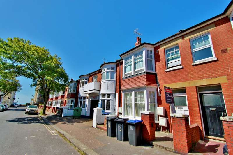 1 Bedroom Flat for sale in Wordsworth Road, Worthing, BN11