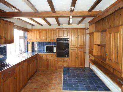 3 Bedrooms Detached House for sale in Wyggeston Avenue, Bottesford, Nottingham, Leicestershire