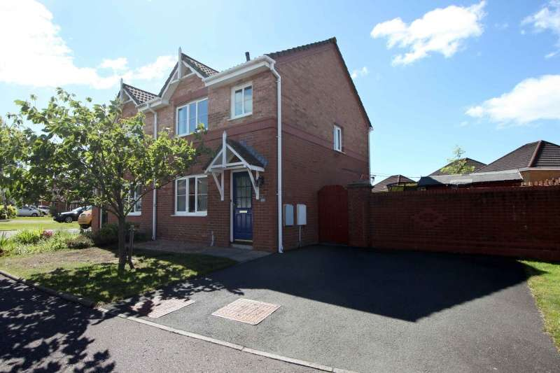 3 Bedrooms Semi-detached Villa House for sale in Dover Heights, Dunfermline, Fife, KY11 8HS