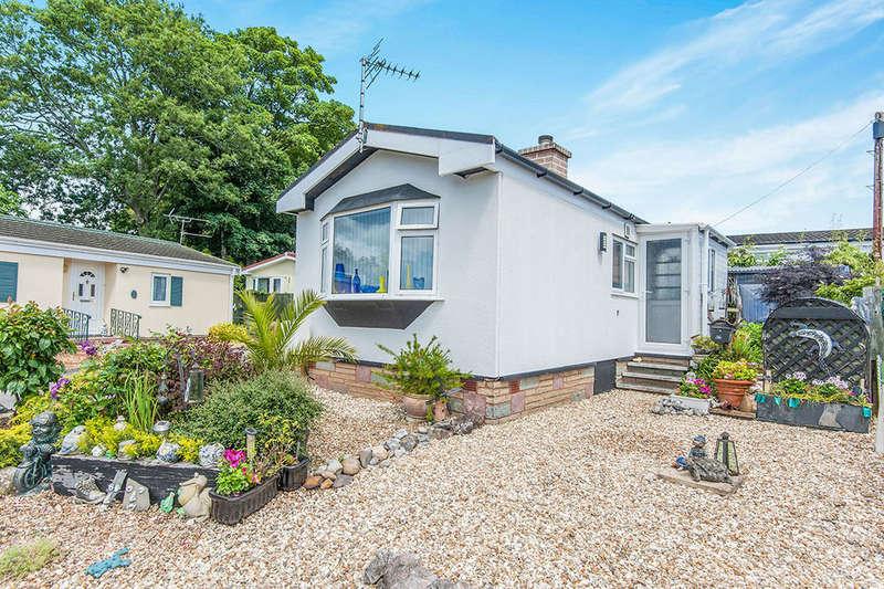 1 Bedroom Bungalow for sale in Third Avenue, Newport Park, Exeter, EX2
