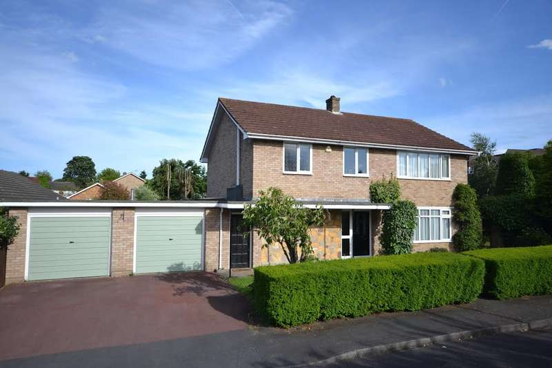 4 Bedrooms Detached House for sale in Oatlands