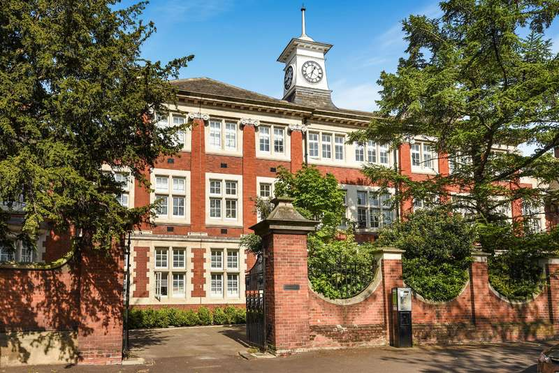 2 Bedrooms Flat for sale in St Giles, Marianne Close, Camberwell, SE5