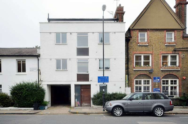 1 Bedroom Flat for sale in Thornhill Road, Islington, N1