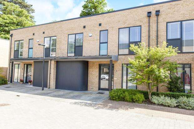 3 Bedrooms Terraced House for sale in Taplow, Maidenhead, Berkshire
