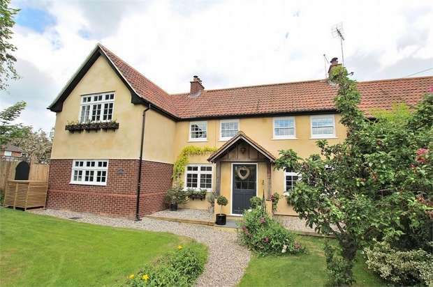 4 Bedrooms Semi Detached House for sale in Pleshey, Chelmsford, Essex