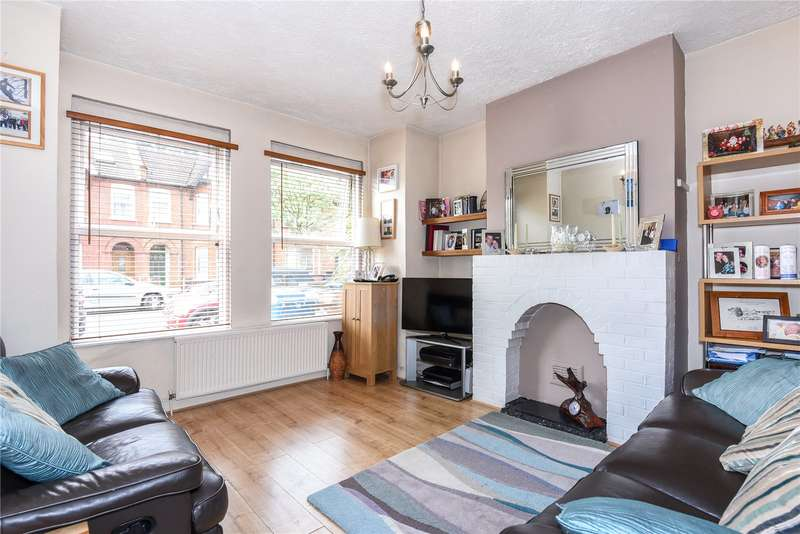 2 Bedrooms Maisonette Flat for sale in Rosslyn Crescent, Harrow, London, HA1