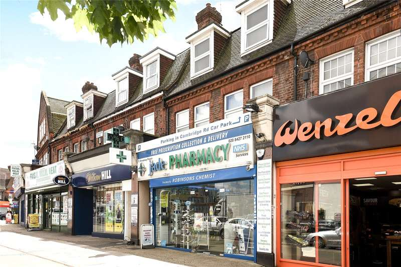 3 Bedrooms Apartment Flat for sale in Broadway Parade, Pinner Road, Harrow, Middlesex, HA2