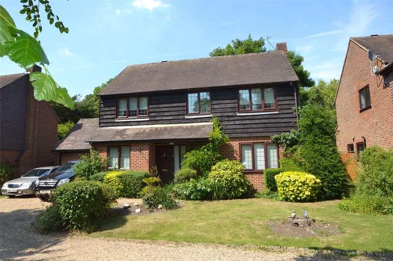 4 Bedrooms Detached House for sale in Village Road, Dorney, Windsor, SL4