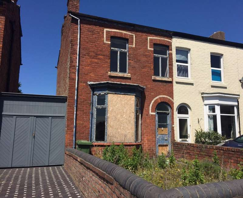 3 Bedrooms Semi Detached House for sale in Cemetery Road, Southport, Merseyside, PR8 6RD