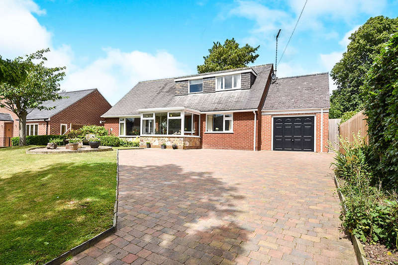 4 Bedrooms Detached Bungalow for sale in Main Street, Church Broughton, Derby, DE65