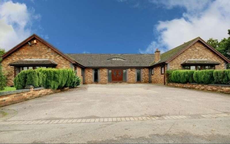 4 Bedrooms Detached Bungalow for sale in Woodfield Bungalow, Great Bentley