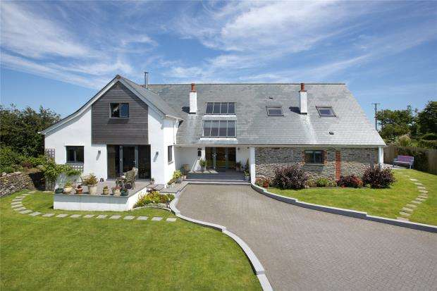 5 Bedrooms Detached House for sale in Lanreath, Looe, Cornwall
