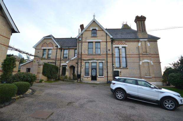 4 Bedrooms Maisonette Flat for sale in Harpford House, Higher Way, Sidmouth, Devon