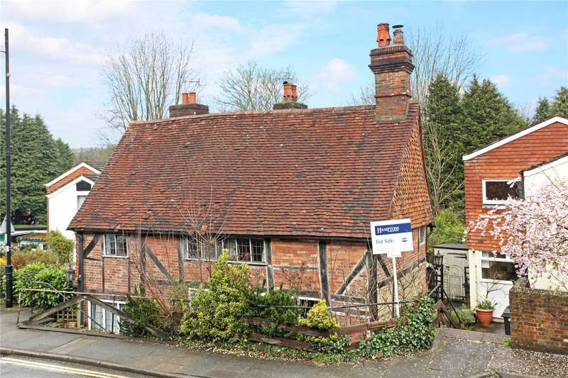 2 Bedrooms Semi Detached House for sale in The Wells, Lower Street, Haslemere, Surrey, GU27