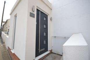 1 Bedroom Maisonette Flat for sale in Camden Road, Tunbridge Wells, Kent