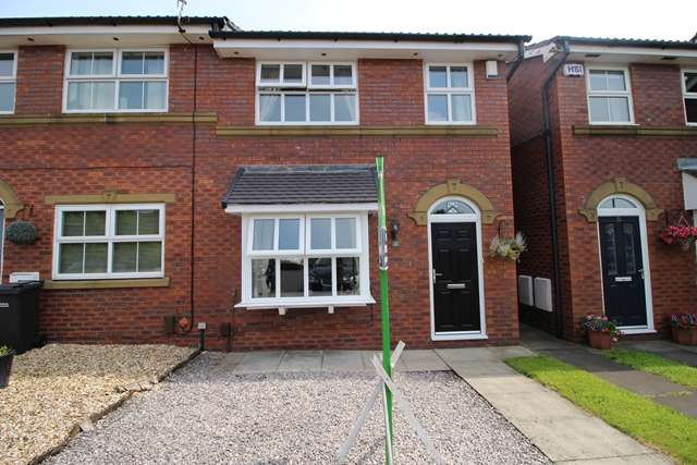 3 Bedrooms Mews House for sale in Wardens Bank, Westhoughton, BL5