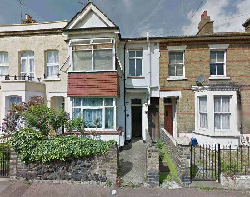 1 Bedroom Flat for sale in Park Street , Southend-On-Sea