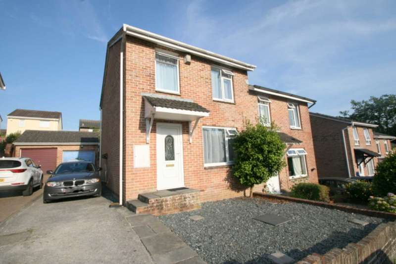3 Bedrooms Semi Detached House for sale in Maddock Close, Plympton