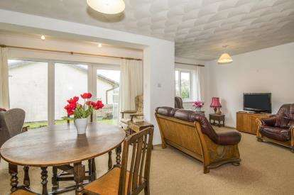 3 Bedrooms Bungalow for sale in St. Merryn, Padstow, Cornwall