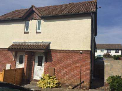 2 Bedrooms Terraced House for sale in Staddiscombe, Plymouth, Devon