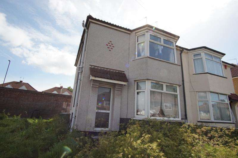 4 Bedrooms Semi Detached House for rent in Wades Road, Filton, Bristol, BS34 7HZ