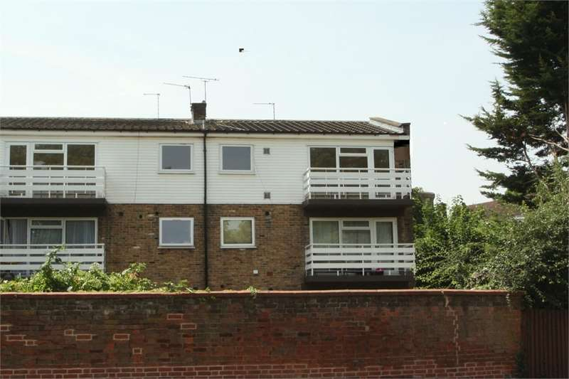 3 Bedrooms Flat for sale in Breakspear Road North, Harefield, Middlesex