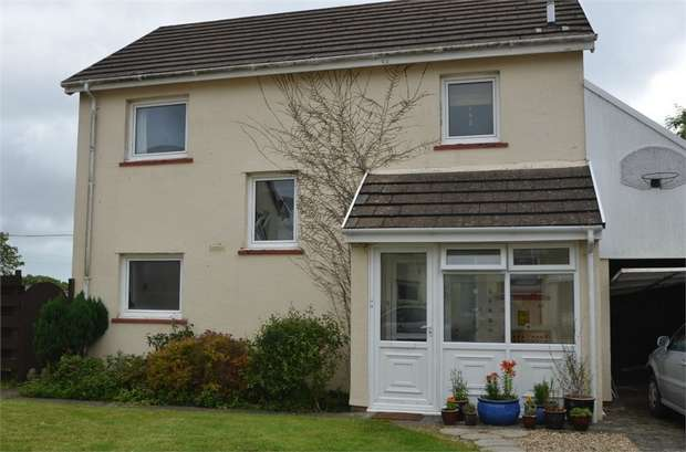 3 Bedrooms Detached House for sale in Gail Rise, Llangwm, Haverfordwest, Pembrokeshire