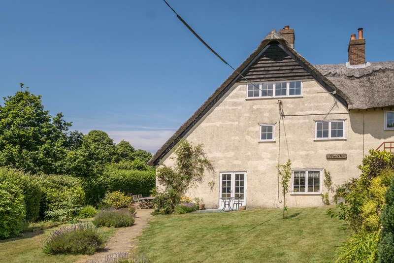 4 Bedrooms Cottage House for sale in Whippingham, Isle Of Wight