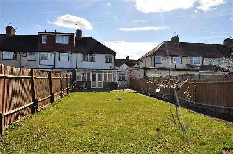 4 Bedrooms End Of Terrace House for sale in Tonbridge Crescent, Kenton, Harrow, HA3 9LE