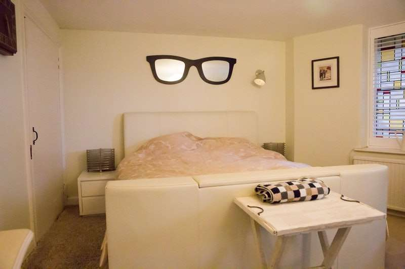 2 Bedrooms Flat for sale in Marine Parade, Brighton, East Sussex, BN2