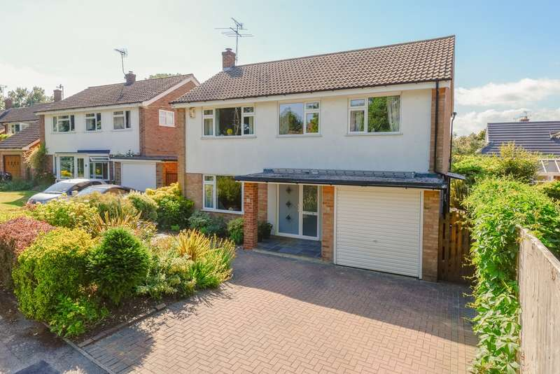 4 Bedrooms Detached House for sale in The Grove, Kennington, Ashford, TN24