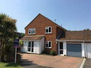 4 Bedrooms Link Detached House for sale in The Hopgarton, Bognor Regis, West Sussex