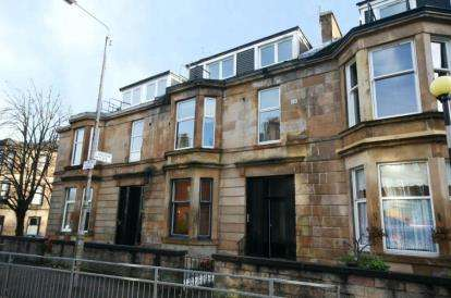 2 Bedrooms Flat for sale in Millbrae Road, Langside
