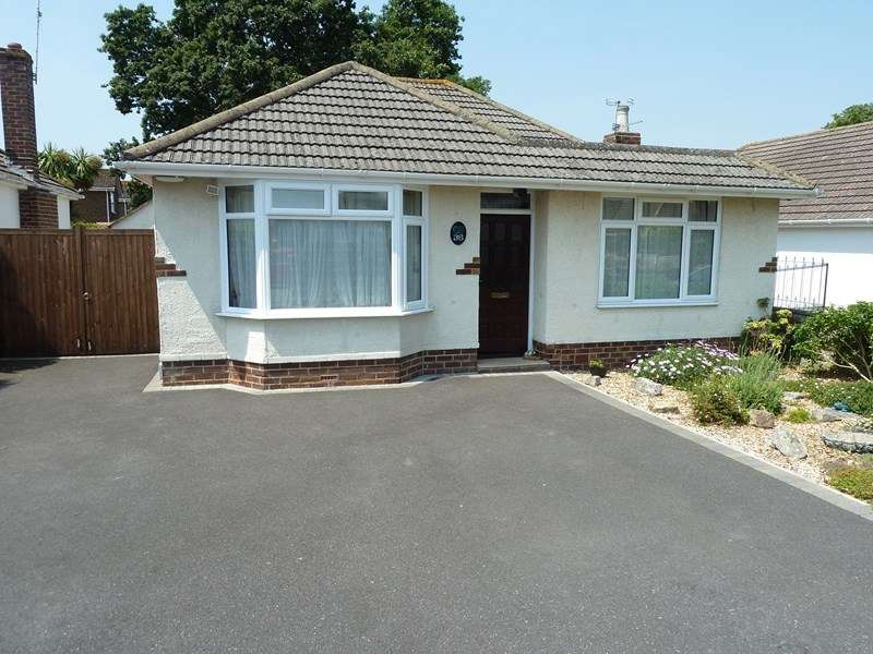 2 Bedrooms Detached Bungalow for sale in Weldon Avenue, Bear Cross, Bournemouth