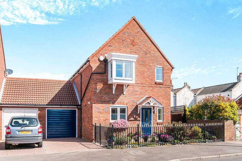3 Bedrooms Detached House for sale in Camden Road, Broadstairs, CT10