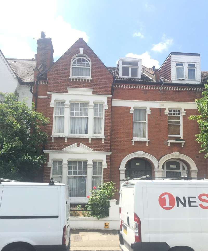6 Bedrooms Terraced House for sale in Drakefield Road, Tooting, London, SW17 8RP